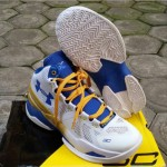 Curry 2 White Blue Yellow