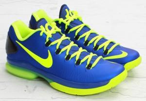 Nike-KD-V-Elite-SUPERHERO-3-300x209 Sepatu Basket KD 5 Elite Superhero