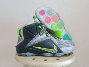 Sepatu Basket Lebron 12 Dunk Force