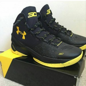 sepatu-basket-curry-2-black-knight-2-300x300 Sepatu Basket Curry 2 Black Knight