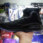 Sepatu Basket Curry 4 Black Full
