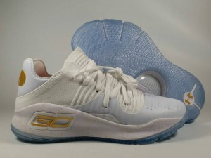 Curry 4 Low White Gold