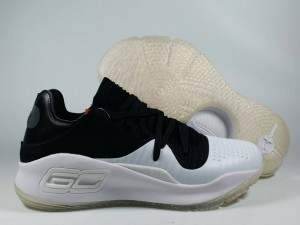 Curry 4 Low White Black