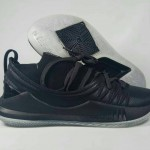 Curry 5 Pi Day Black