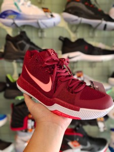 Kyrie 3 Hot Punch