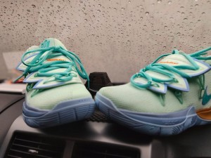 Kyrie-5-Squidward-9-300x225 Kyrie 5 Squidward