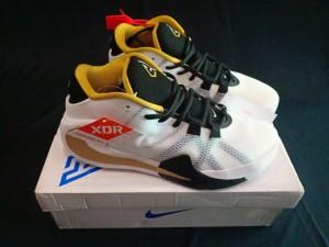 Nike-Zoom-Freak-White-Black-Gold-3-300x225 Nike Zoom Freak White Black Gold