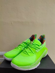 Sepatu-Basket-Curry-7-Sour-Patch-Kids-Green-3-225x300 Sepatu Basket Curry 7 Sour Patch Kids Green