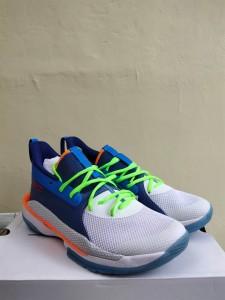 Sepatu-Basket-Curry-7-Super-Soaker-1-225x300 Sepatu Basket Curry 7 Super Soaker