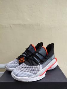 Sepatu-Basket-Curry-7-Underrated-Grey-3-225x300 Sepatu Basket Curry 7 Underrated Grey