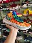 Sepatu Basket Kyrie 5 Pineapple