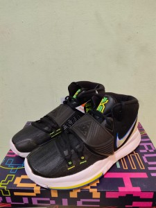 Sepatu-Basket-Kyrie-6-Black-White-Original-3-225x300 Sepatu Basket Kyrie 6 Black White Original