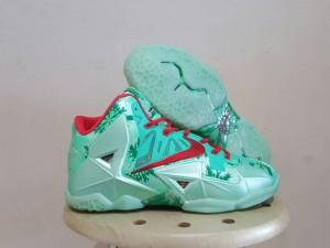 Sepatu Basket Lebron 11 Christmast