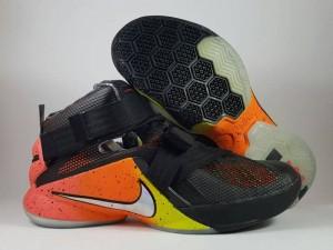 Sepatu Basket Lebron Soldier 9 Raise